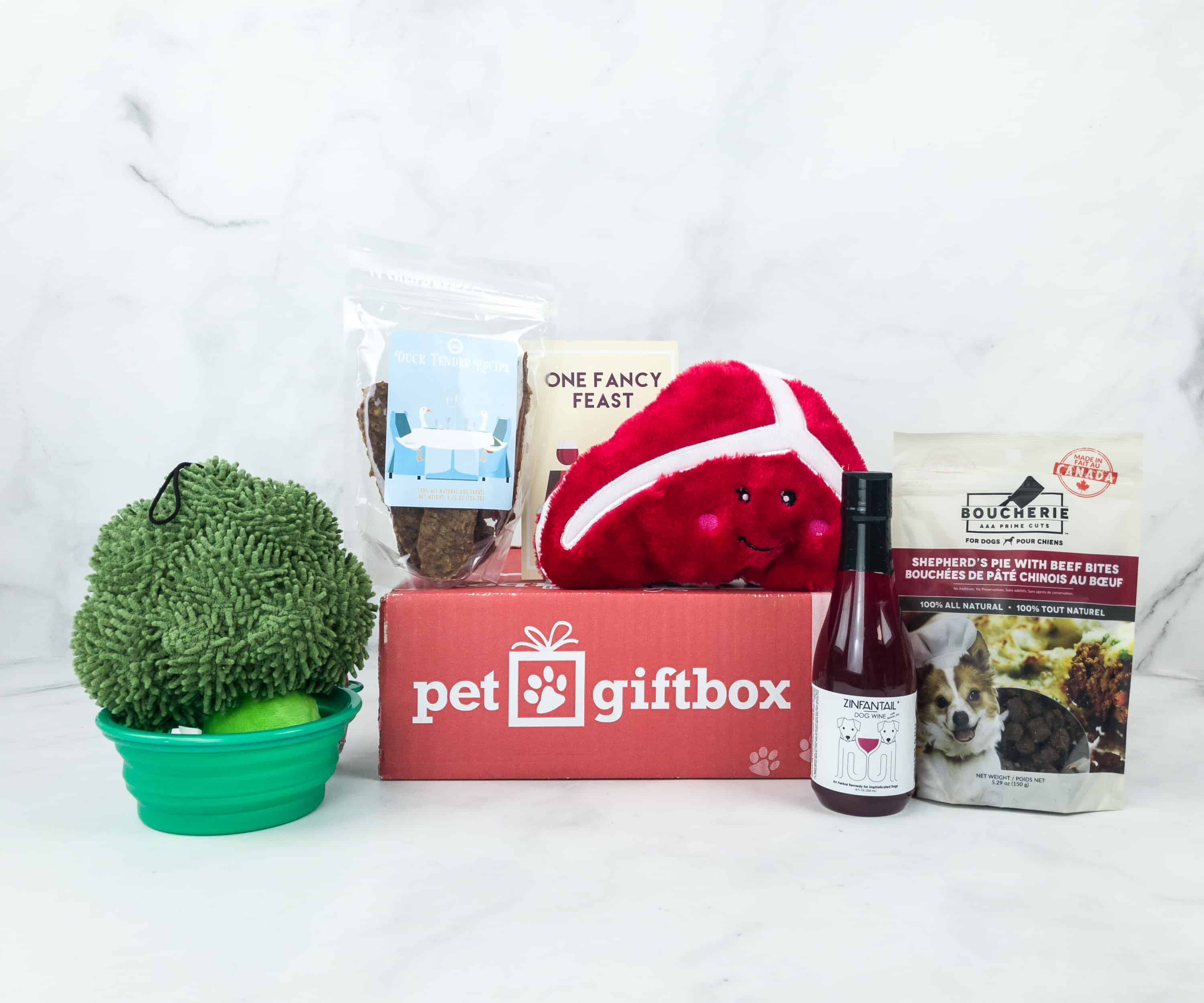 PetGiftBox November 2018 Subscription Box Review + 50% Off Coupon