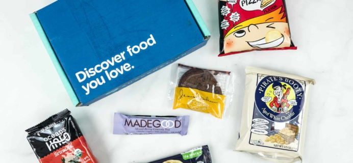Snack Nation December 2018 Subscription Box Review + Coupon!