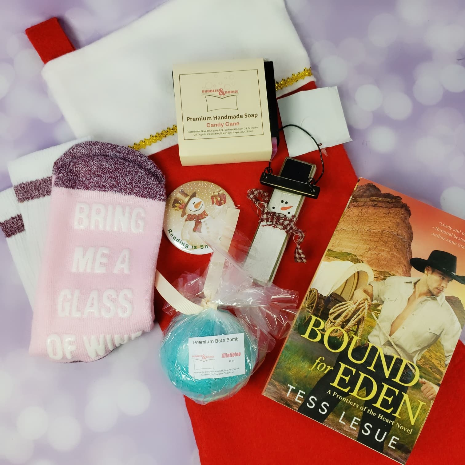Bubbles & Books Subscription Box Review + Coupon – November 2018