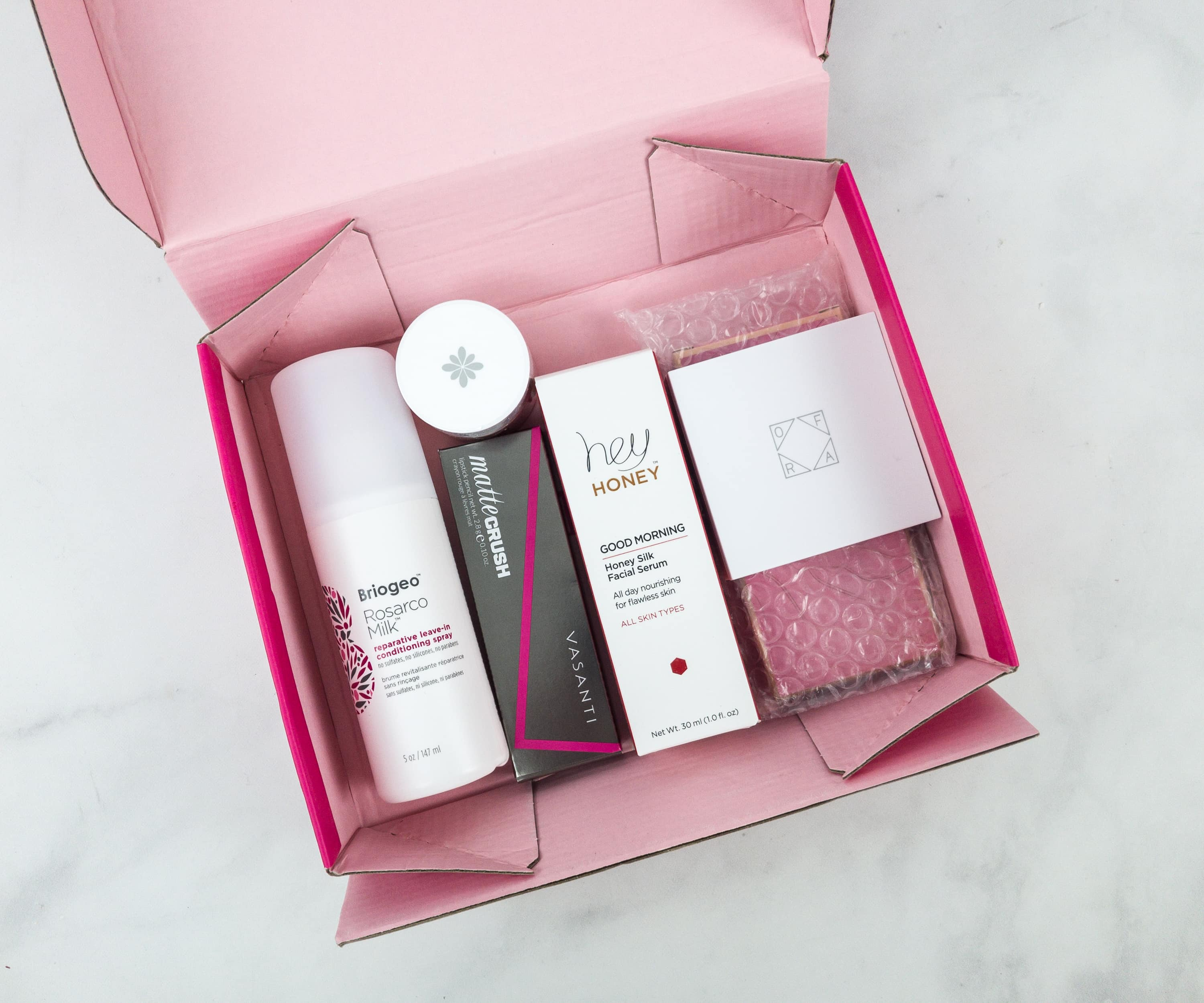 Ipsy Glambag Plus January 2019 Review - hello subscription