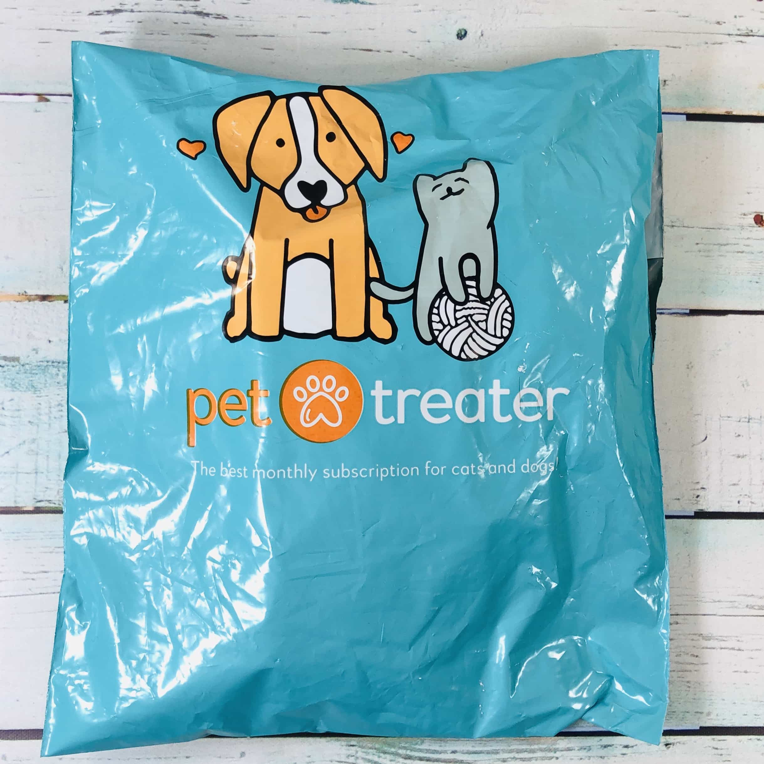99f25bd1fd4eb Pet Treater Cat Pack January 2019 Subscription Box Review + Coupon ...