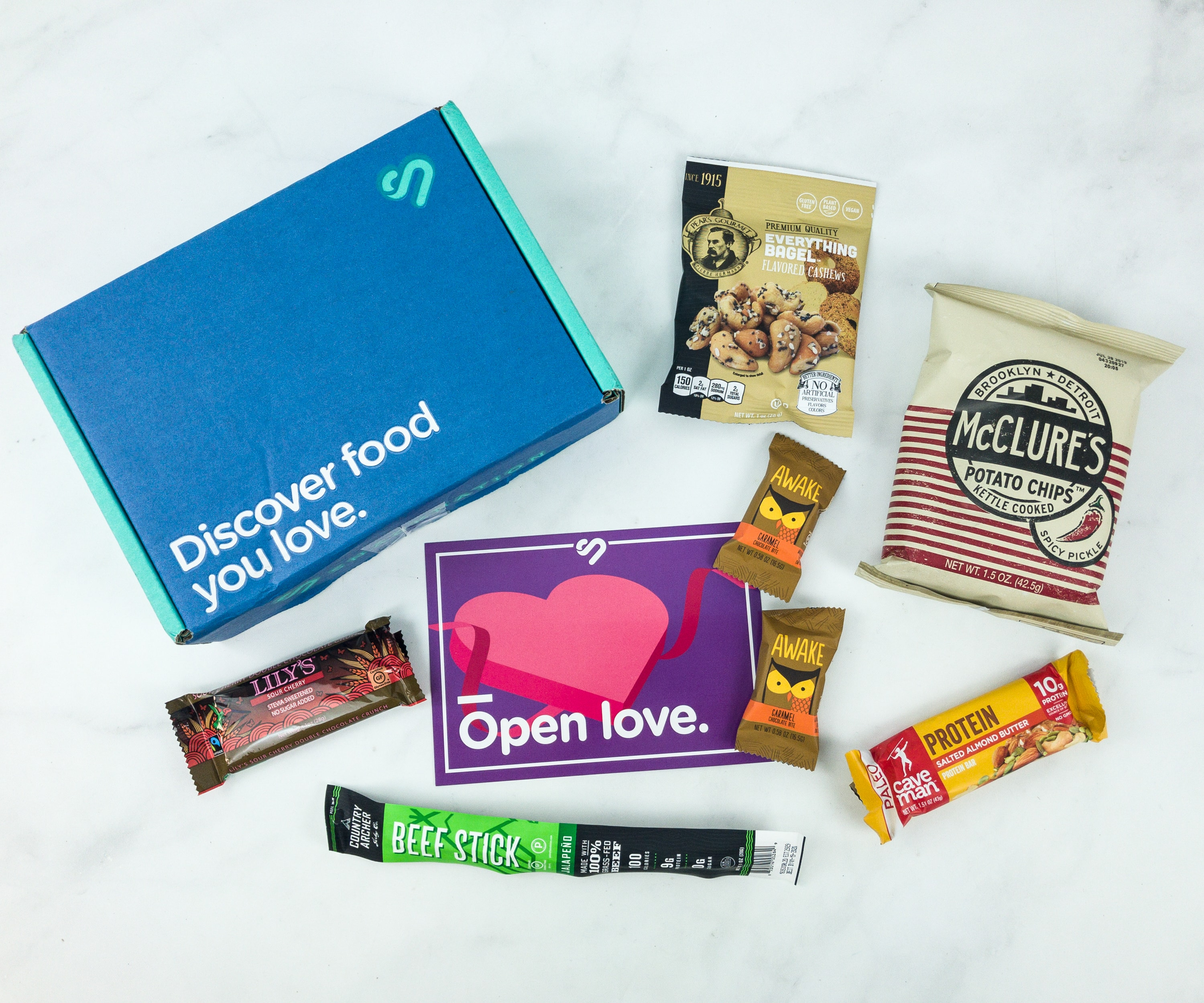 Snack Nation February 2019 Subscription Box Review + Coupon!