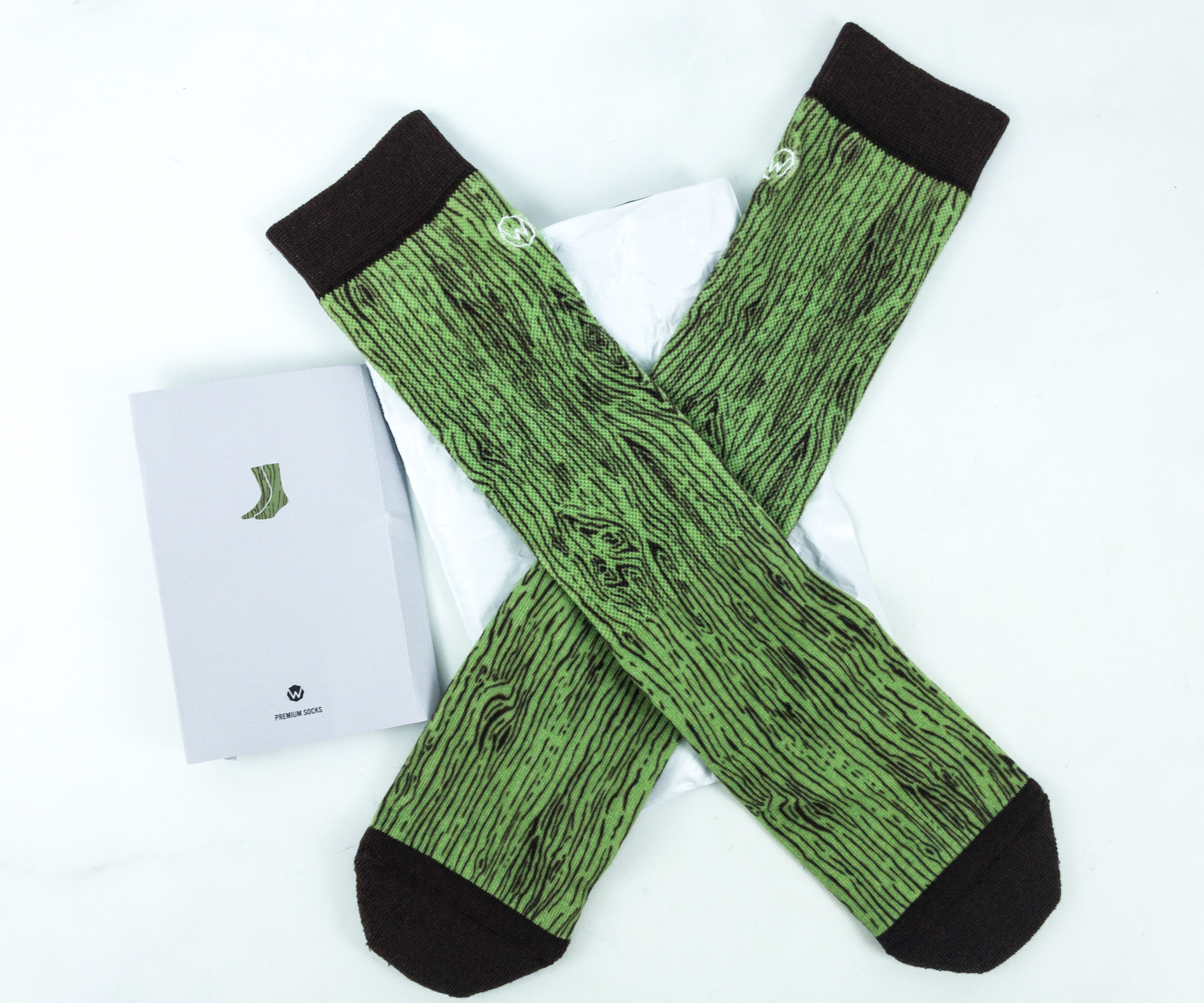 Wohven Socks Subscription June 2019 Review + Coupon!