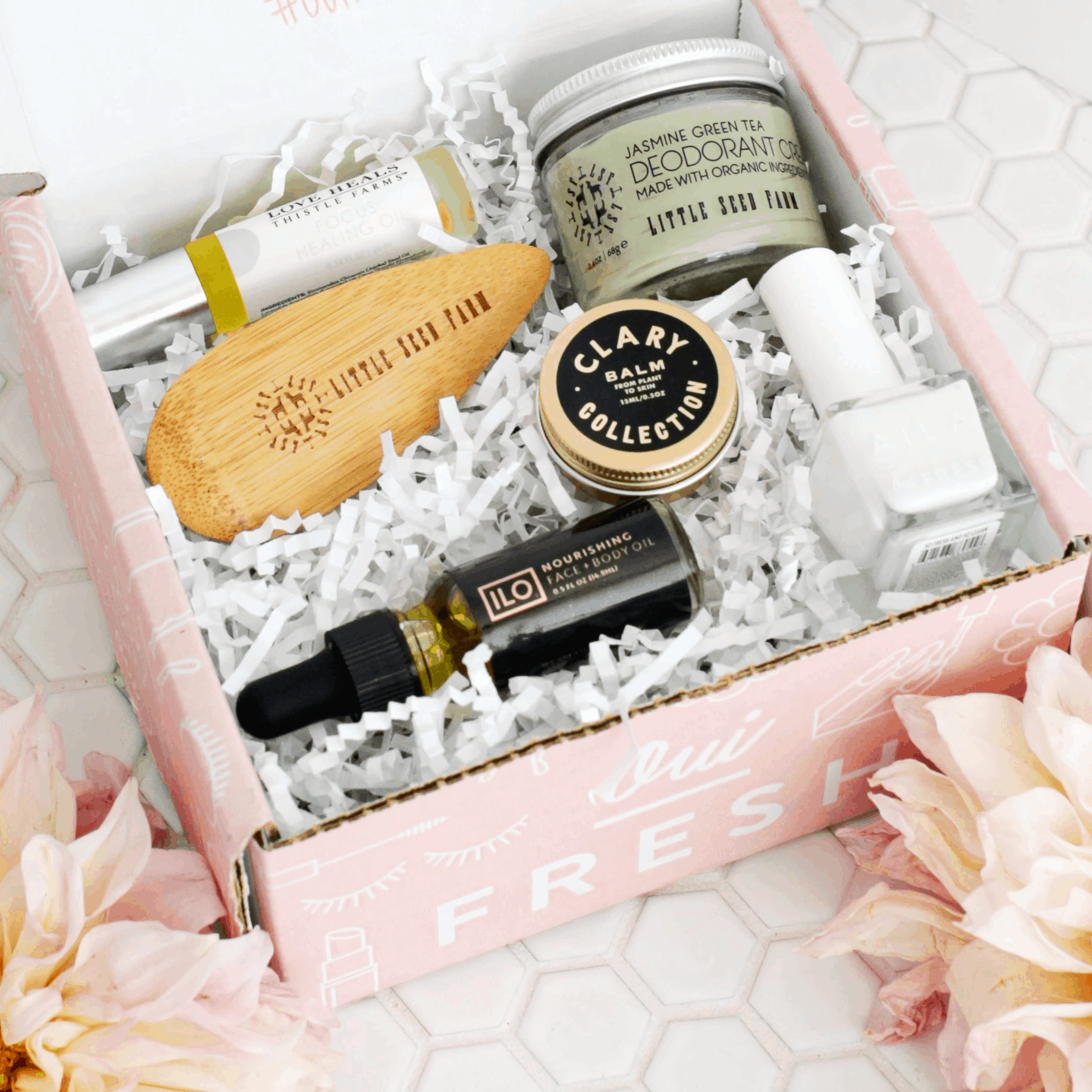 Oui Fresh Beauty Box August 2019 Full Spoilers!