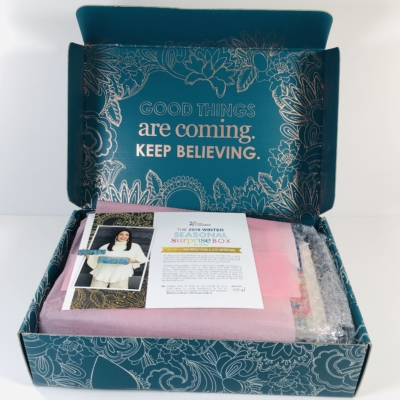 Erin Condren Seasonal Surprise Winter 2019 Subscription Box Review