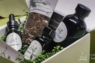 Healthy Living Box by Crooked House Herbals