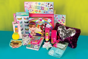 Fashion Angels Find Your Wings Subscription Box